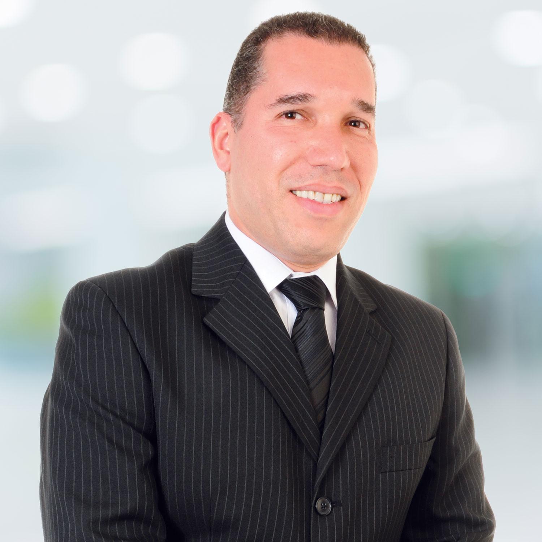 Baiard Guggi Carvalho